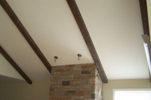 poutres en bois corbeau en bois atelier bro bois. Black Bedroom Furniture Sets. Home Design Ideas